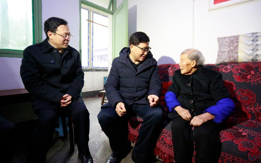陈文华尧斯丹赴雅走访慰问和调研督导